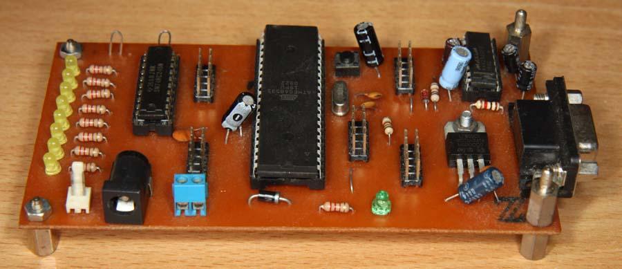 rangkaian-mikrokontroler-atmega8535-IMG_5686