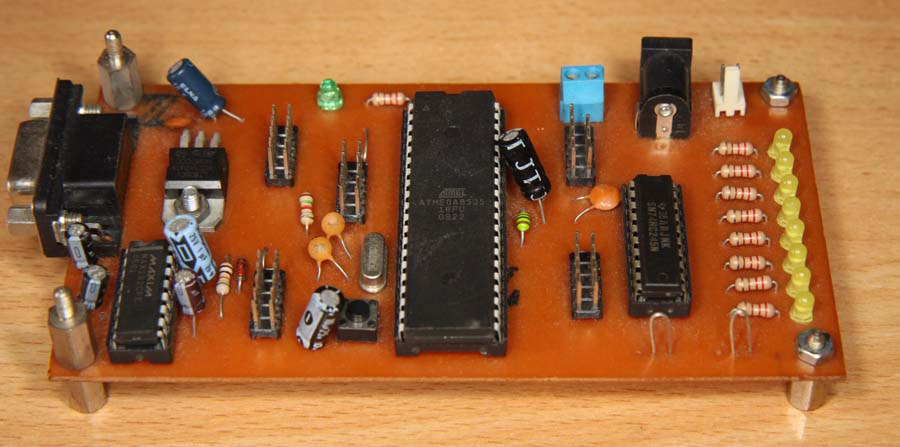 rangkaian-prosesor-atmega8535-sederhana-IMG_5685