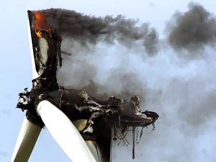 Short circuits, friction or lightening strikes can cause wind turbines to go up in flames. Photo Der Spiegel/DPA.