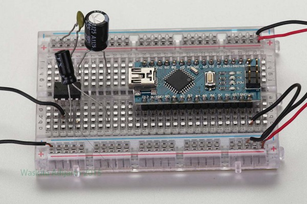 Arduino Nano di breadboard