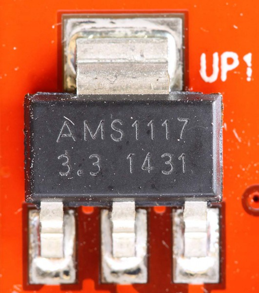 Regulator AMS1117