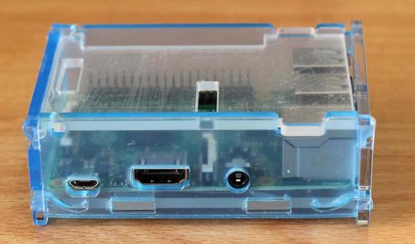 Kotak akrilik untuk Raspberry Pi 2 B