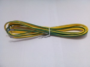 Kabel ground warna kuning-hijau