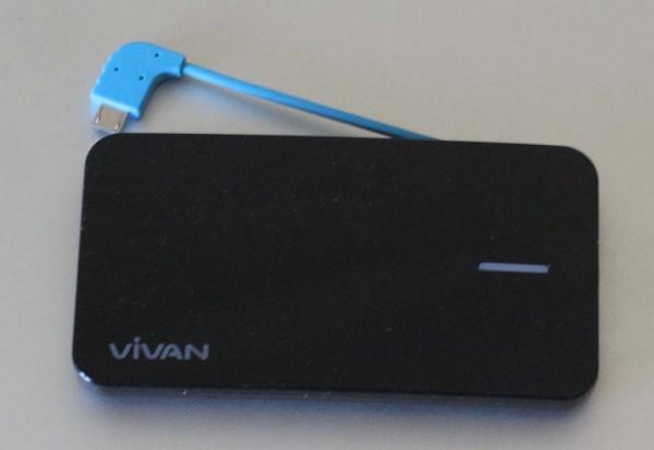 Powerbank Vivan M04: penampakan depan