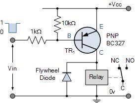 Relay dengan transistor PNP