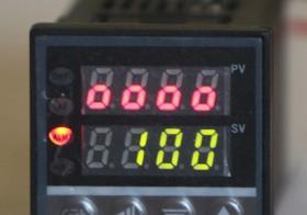 Pengendali Temperatur REX-C100