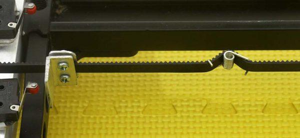 Belt dan tensioner untuk belt