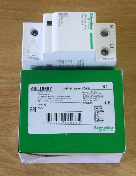 Surge Arrester Schneider Electric A9L15687