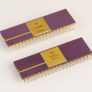 Motorola MC6820 dan MC6821