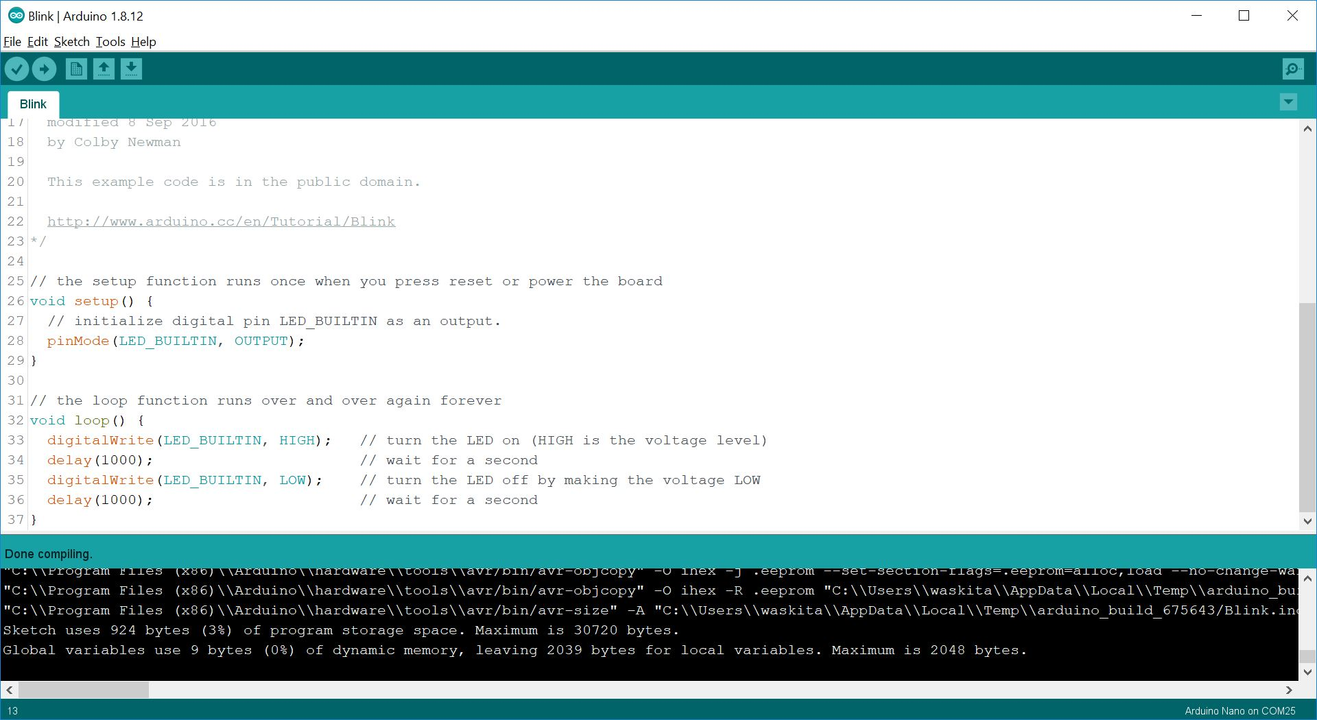 Arduino IDE dengan program Blink