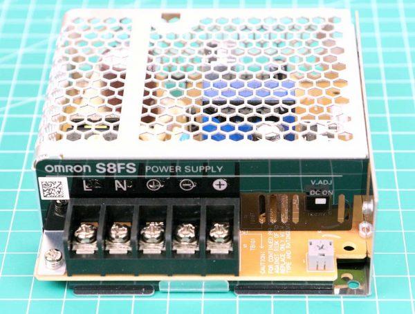 Power Supply Omron S8FS-C03512 tampak depan