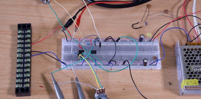 Percobaan rangkaian pengkondisi sinyal dengan breadboard